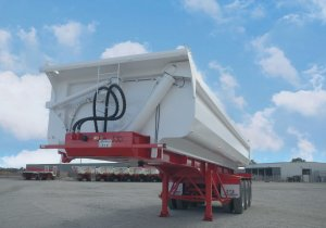 Tri-Axle Side Tipper