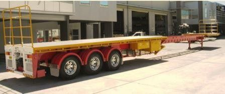 2018 Tri Flat Top Extendable Trailer