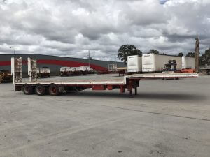 tri axle side tipping