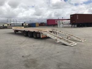 side tipping tag trailer