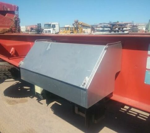 CONTAINER SIDE LIFTER FOR RENTAL